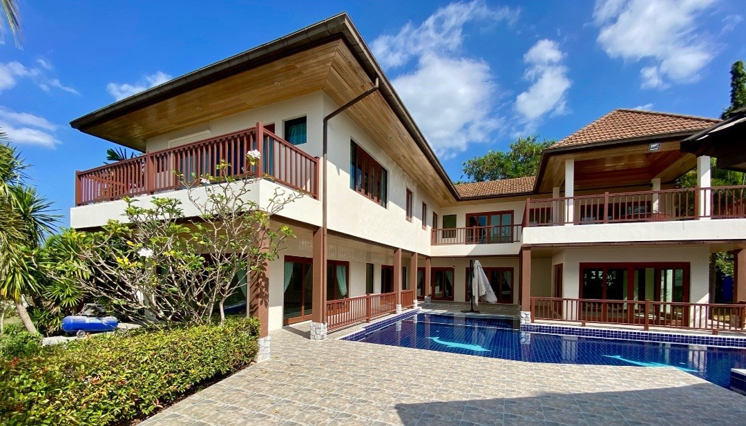 Classic family home in secure gated community with sea and mountain views - House - Bang Saray - Bay View Development