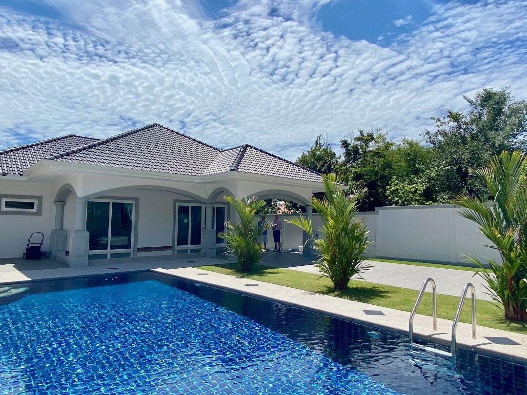 2 Bedroom Pool Villa in Bang Saray just 4 minutes from the beach - House - Bang Saray -