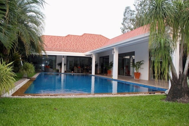 Superb Villa with detached guest house   - House - Lake Maprachan - East Coast Riviera